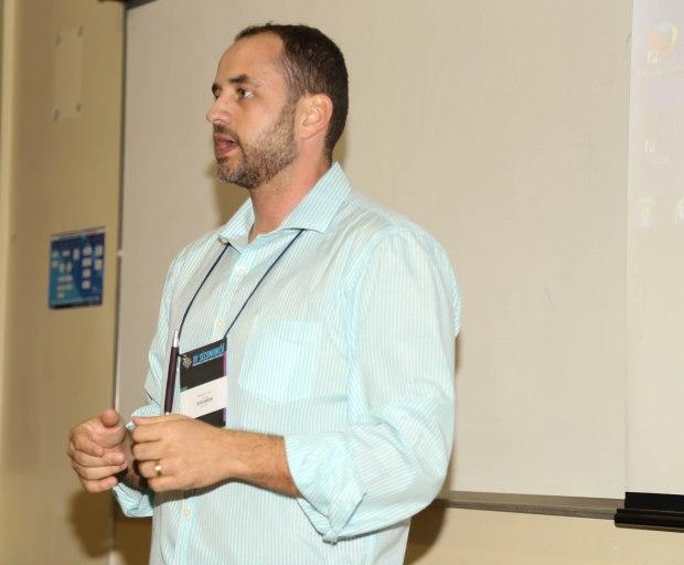 Ednardo Viana durante workshop. Foto: Jordania Correia